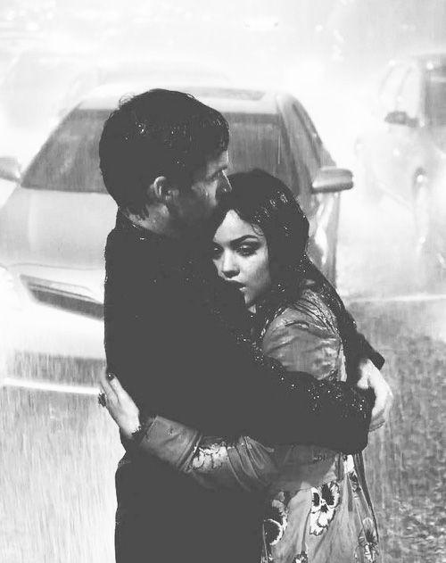 """""""Há riscos que você assume pelas pessoas que você ama."""" — Reign. http://www.pinterest.com/dossantos0445/as-mil-palavras-i-love-you/"""