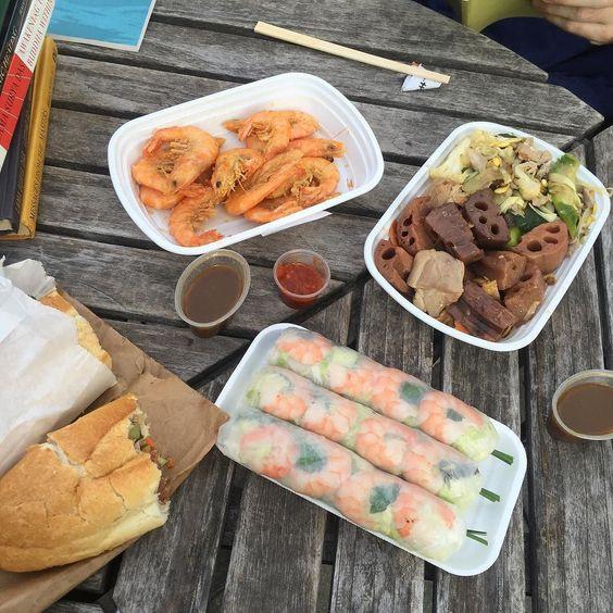 #一段落 して つかのまの #休息 Resting ... Treat myself  with #ChineseFood #saltandpepper #shrimp #vietnamesesandwitch #summerroll by lilbeli