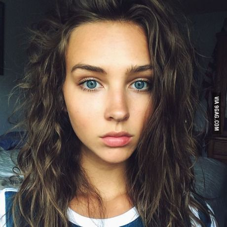 Della - short, dark brown wavy hair, deep blue eyes. Sarcastic but quiet. Afraid of letting the ones she loves down.