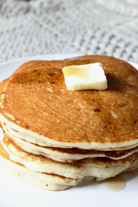Natural Chow | Gluten Free Buttermilk Pancakes | http://naturalchow.com