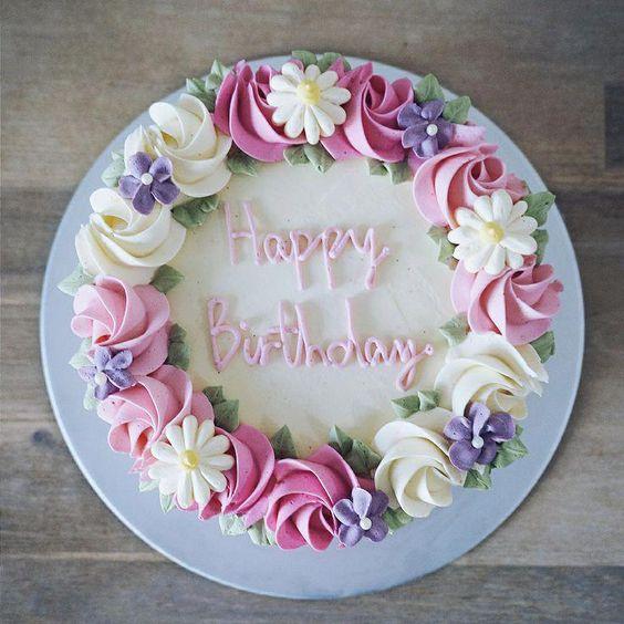 torta plnková s kvetmi