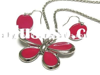 Colorful butterfly pendant necklace and earring set -she likes it b/c it's red