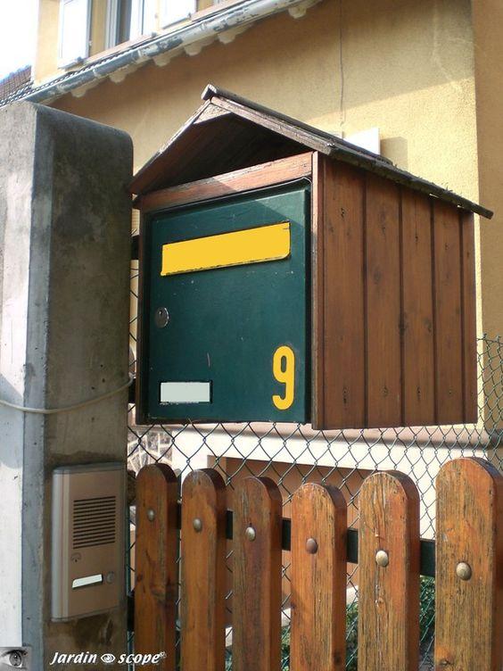 Boîte aux lettres habillée d'un Chalet en Alsace