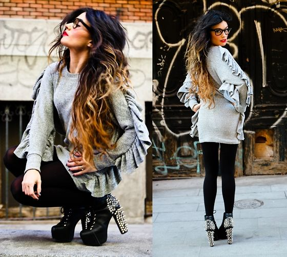 I really love her hair. Maybe when my hair gets back to its original length and I go back to black I'll do this