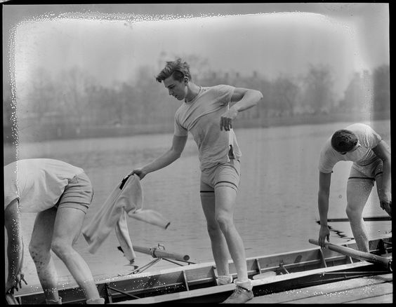 College essay? about crew..(Rowing)?