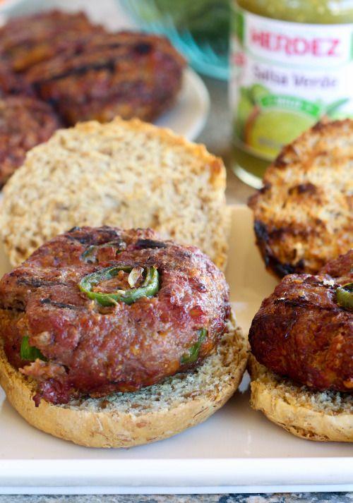 Jalapeño Cheddar Salsa Burgers contain melty cheese a hint of  Mein Blog: Alles rund um die Themen Genuss & Geschmack  Kochen Backen Braten Vorspeisen Hauptgerichte und Desserts # Hashtag