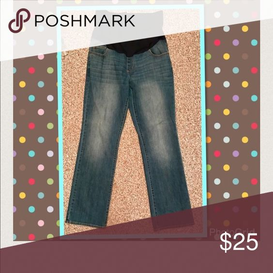 Boot cut  maternity jeans super comfy So cute! Pants