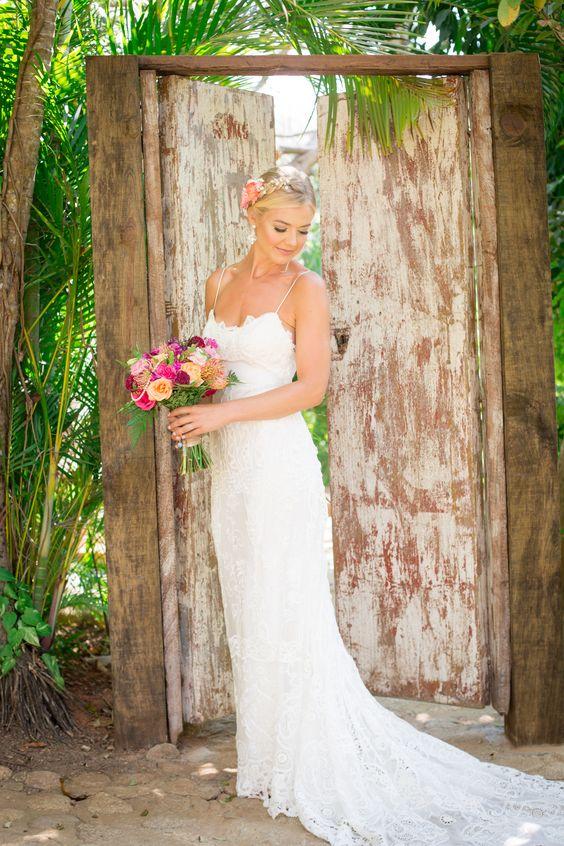 Classy,natural and sophisticated beach wedding  dress... #Wedding #BeachWedding #DestinationWedding