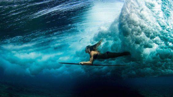Série tenta romper com clichês das fotos de surf | O Beijo
