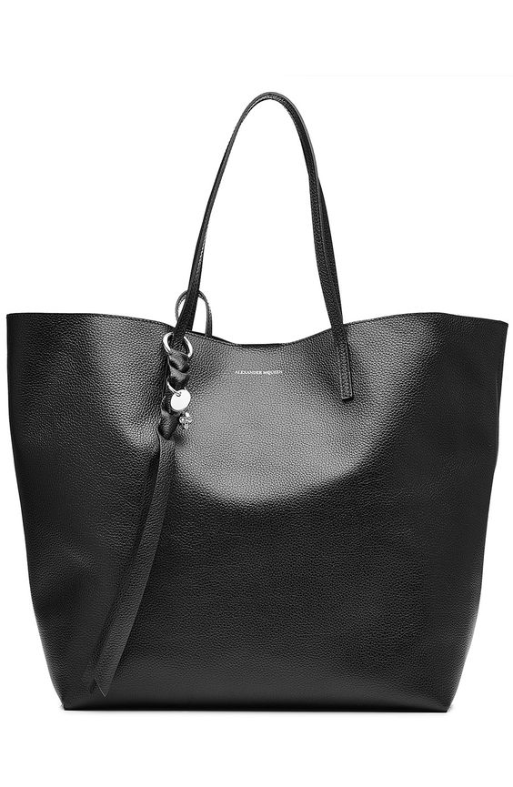 ALEXANDER MCQUEEN Leather Tote. #alexandermcqueen #bags #leather #hand bags #tote #lining #