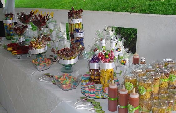 Snack tables mesas and salsa on pinterest for Mesa dulce para baby shower