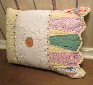 Charming Keepsake PILLOW made from ANTIQUE Dresden Plate QUILT - Cone Border