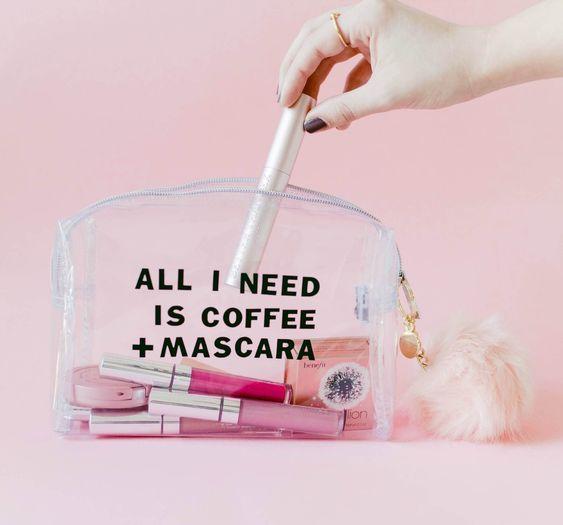 DIY Clear Makeup Bag