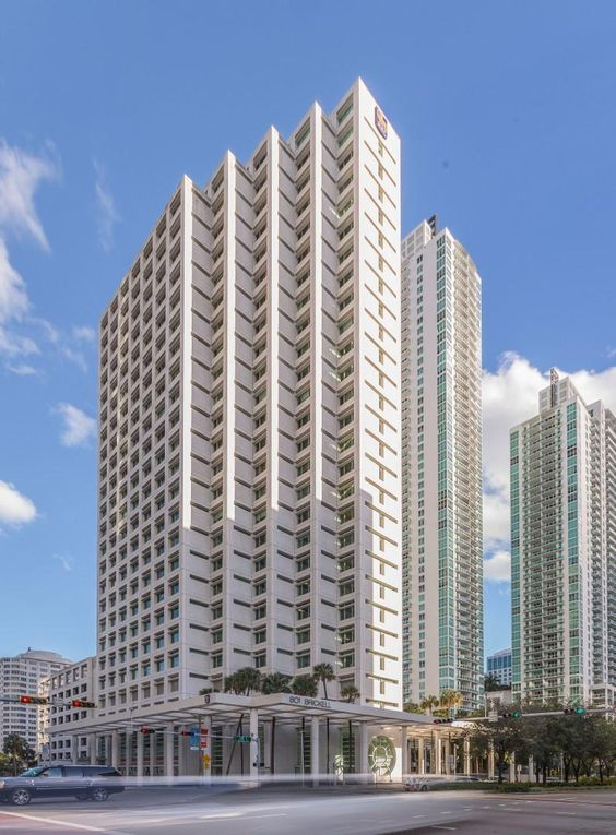 httpwwwcbcalliancecomarticlescoldwell banker commercial alliance miami secures 8500 sf office space 801 brickell banker office space