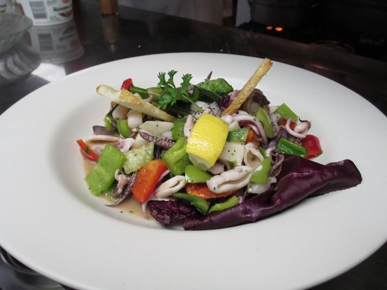 Seared Calamari with Fresh Salsa