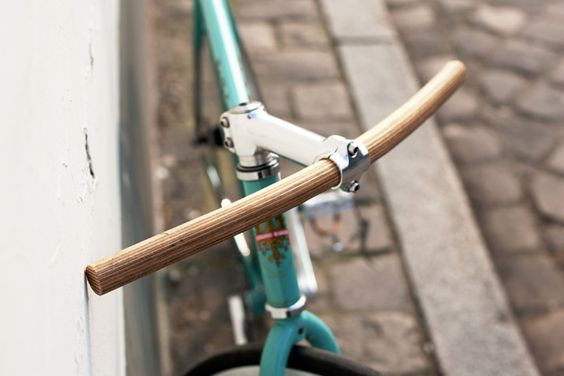 Handlebar made of plywood; Rainer Spehl in collaboration with Enzo Fruytier