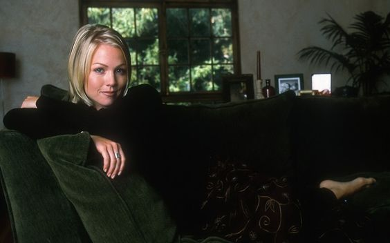 Jennie Garth #023 - 1280x800 Wallpapers Pictures Photos Images