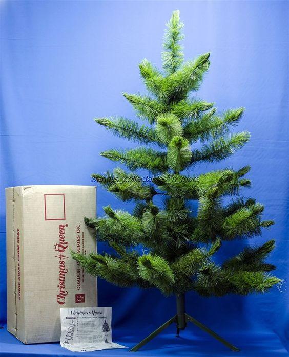 1960's Vintage VTG 4' Gordon Industries CHRISTMAS QUEEN XMAS TREE In Box