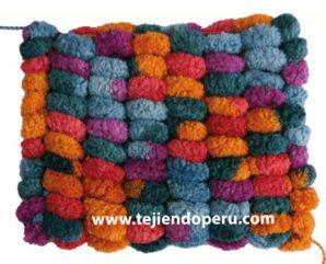 Cómo tejer con lana pompom.