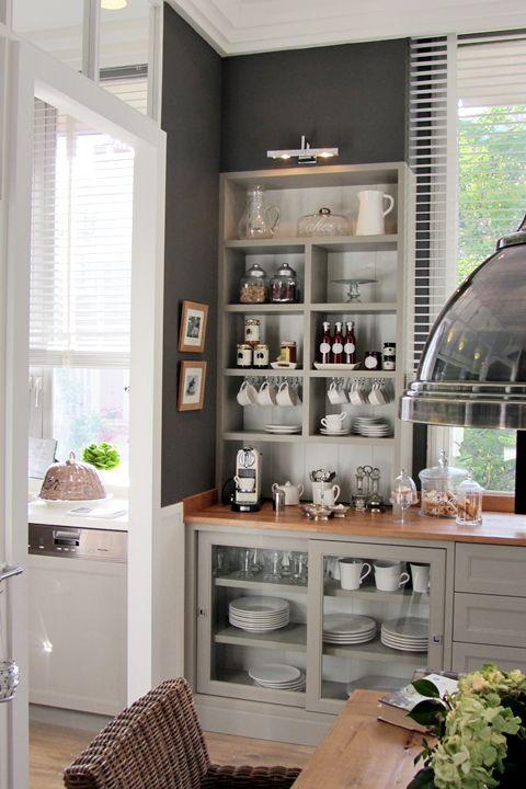 open shelves, grey cupboards: