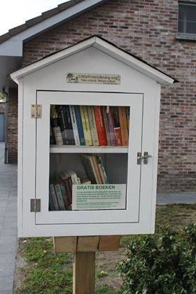 Little Free Library Ertvelde 1