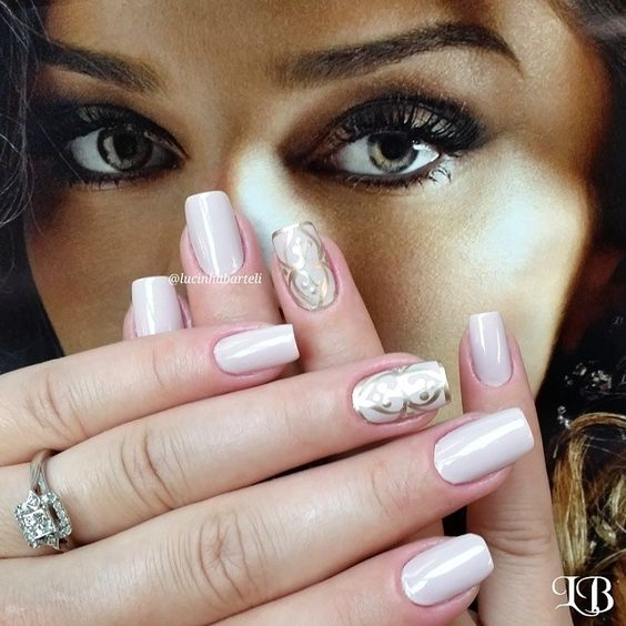 Gold and White Baroque Inspired Nails