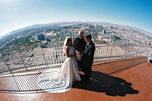 Eiffel Tower Las Vegas Wedding More On Trip Weddings In Pinterest And