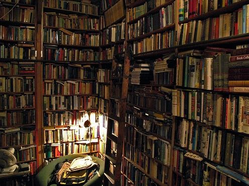 Books03.jpg picture by Plong42 - Photobucket