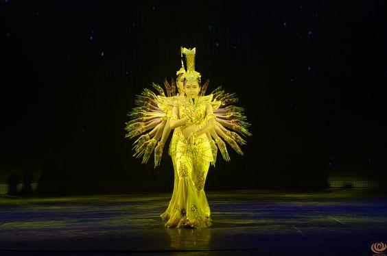 Nha Trang Dream show http://facebook.com/Nha-Trang-Dream-Show-638259416348494/