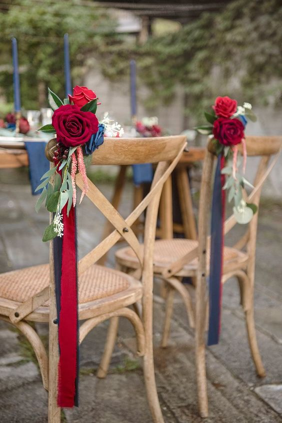 Astonishing Chair Decor to Beautifully Style up Your Wedding, 3fcdfcaf6e3a14554654023f11403c6b