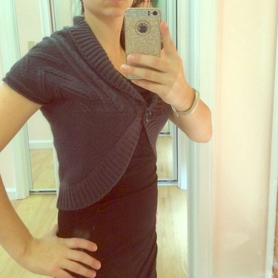 One button cropped sweater. Very good condition. Derek Heart Sweaters Cardigans