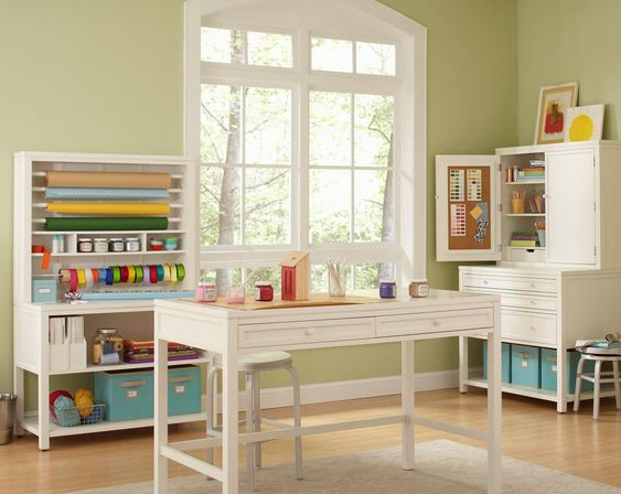 The perfect workstation whether you're wrapping gifts or crafting.: Craft Room Ideas, Favorite Places Spaces, Crafting Room, Dream Craftrooms, Organized Craft Rooms, Craft Spaces