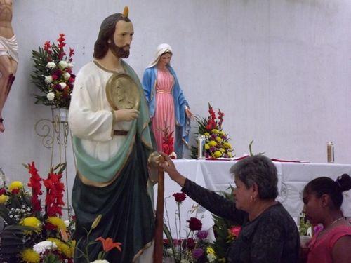 Templo de San Judas Tadeo, Meoqui (Chihuahua) cada año miles de devotos visitan este santuario en Chihuahua