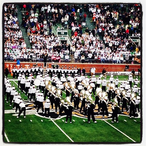 """Marching 110 rocking Brittany Spears' """"Toxic"""" as part of #HauntMiami. 24-10, Bobcats lead going into halftime. Go Cats!! @ohiobobcatathletics #bobcatnation #marching110"""