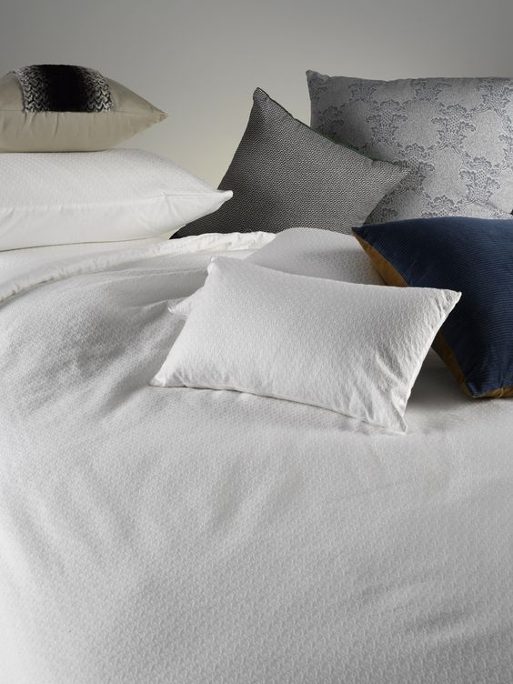 Tex White bed cover & proper gorg cushions