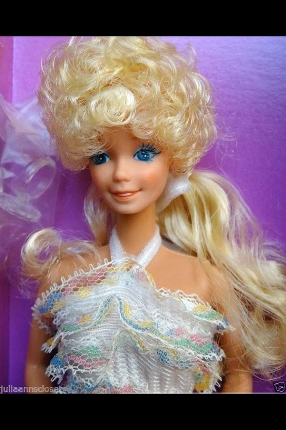 1980 Happy Birthday Barbie is ready to party!