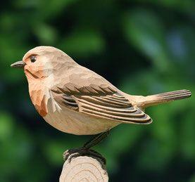 Holzvogel Rotkehlchen hangeschnizt Originalgrösse