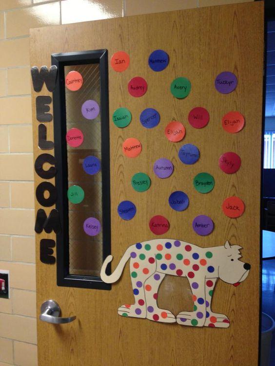 Classroom Zoo Ideas : Put me in the zoo classroom door decoration