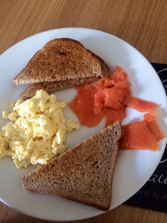 Smoked salmon with whole meal toasted bread and scrambled egg