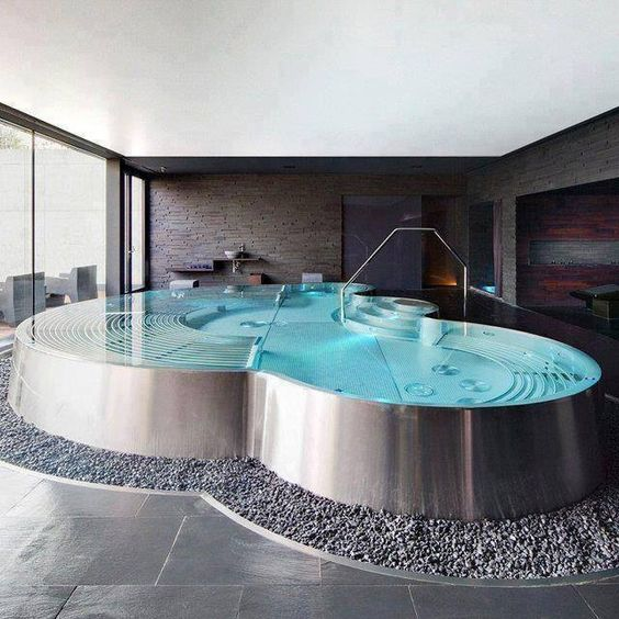 Fancy Jacuzzi. In my dreams but get still gonna pin it: