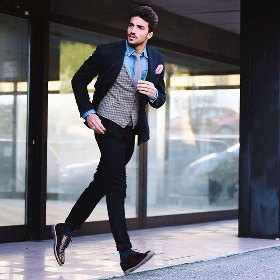 RUN RUN RUN ✨ HAPPY SUNDAY MY friends!! www.mdvstyle.com