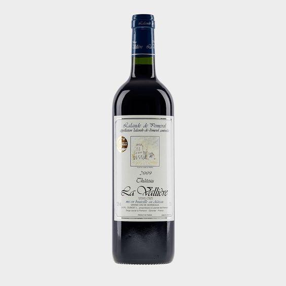 2009 #Lalande #Pomerol AOC - Dieser dunkelrote #Lalonde #Pomerol ist ein reifer #Wein mit intensiven Kirscharomen und kräftiger Eichenholzwürze, der trotz seiner Kraft am Gaumen weich und samtig ist. Er hat eine gute Struktur,  ist weich, voll und samtig und hat einen langen eleganten Abgang mit seidigen Tanninen.