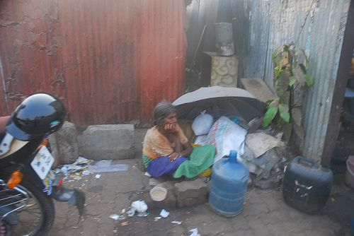 Umbrella Lady of Bandra Reclamation Has Seen More Rains Than You Have Seen Summers In Your Life
