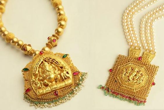 Mugappu and antique pendants-temple-jewellery-necklaces-pnr-jewellery
