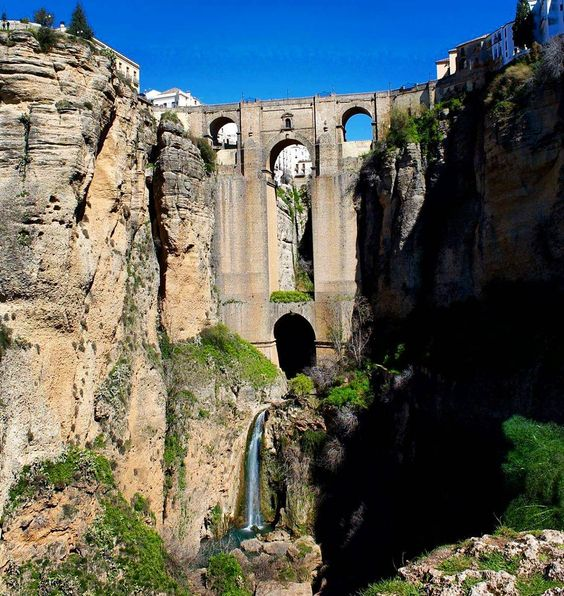"""The """"new"""" bridge to old town.  #ronda #spain #españa #travel #architecture #photography #europe #rural #countryside #oldeurope #studyabroad #hiking #bridge #scenic #scenery #nature #waterfall #river #zen #beautiful #mountains #gorge #outside by soundaffects"""
