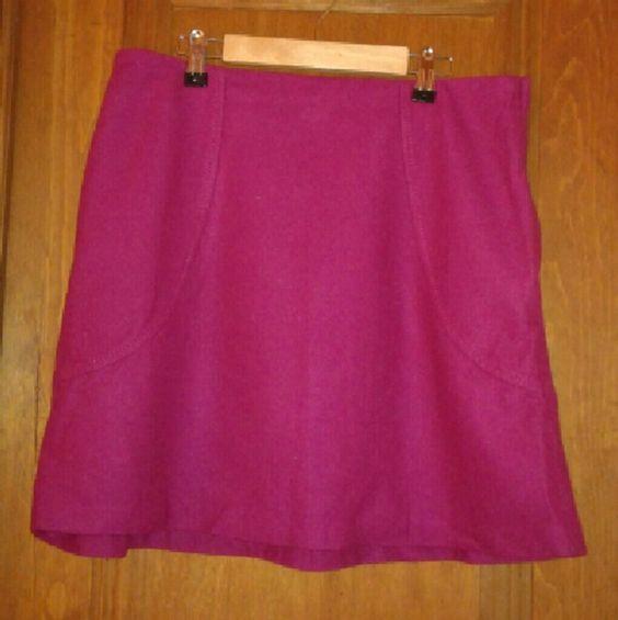H&M dark pink skirt Dark pink knee length skirt H&M Skirts Midi