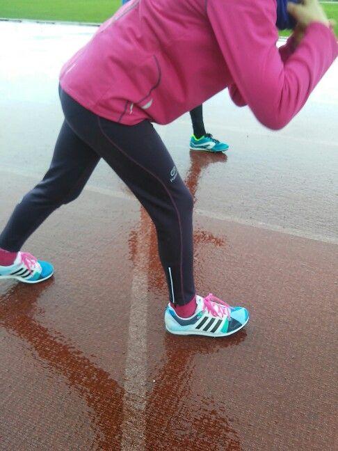 Las zapatillas nuevas de mi hija