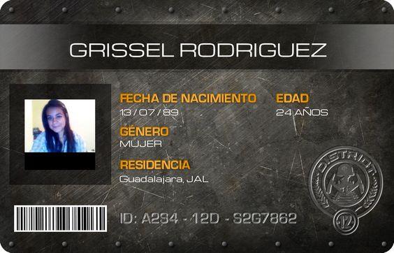 Ya soy ciudadano oficial de Panem, esta es mi credencial