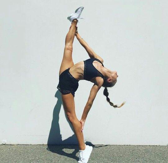 Flexibility Gymnastics Acrobatics Dance Photography Poses Gymnastics Poses Gymnastics Photography
