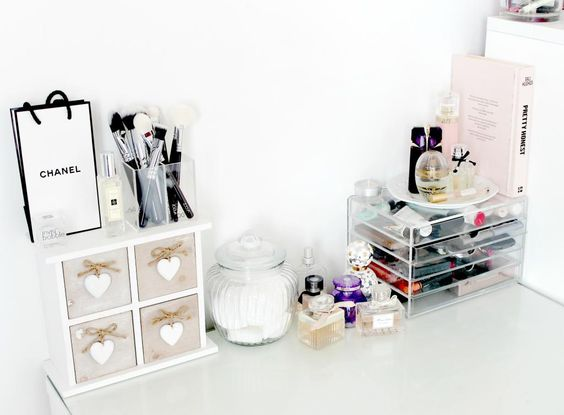 Dressing table ikea melbourne for Malm schrank